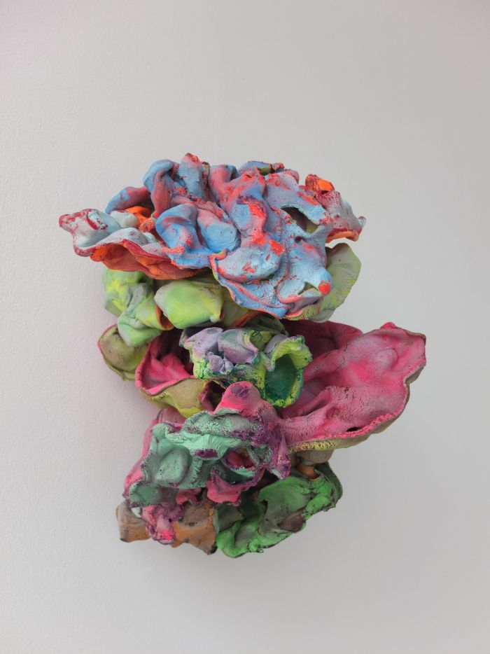 012-samuel-aligand-mue-2015-plastique-pigment-et-peinture-32x25x31cm-60379500cda418873e3641a4e2d13c1f