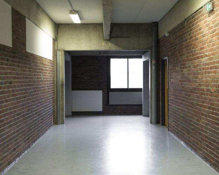 m.dearing-la-04-le-couloir-du-lycee-0c3594479edc8dd22a20d119142ad03e